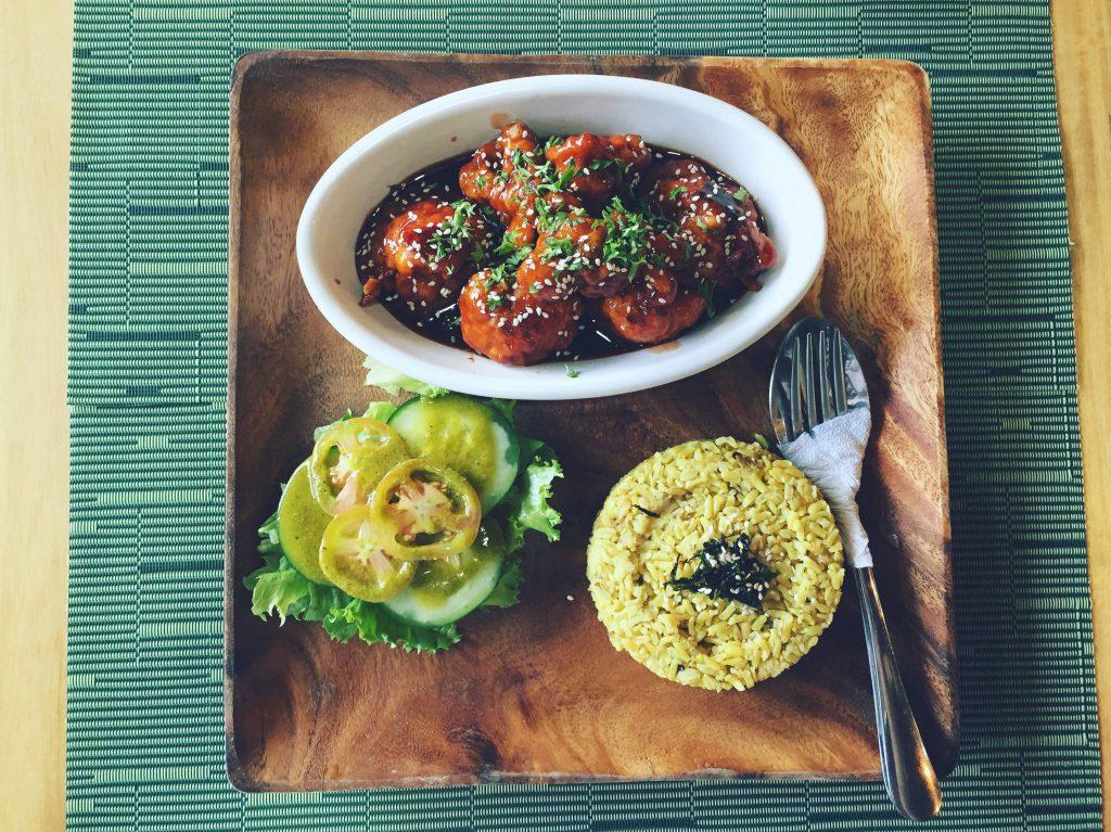 Lun haw Vegan Cafe