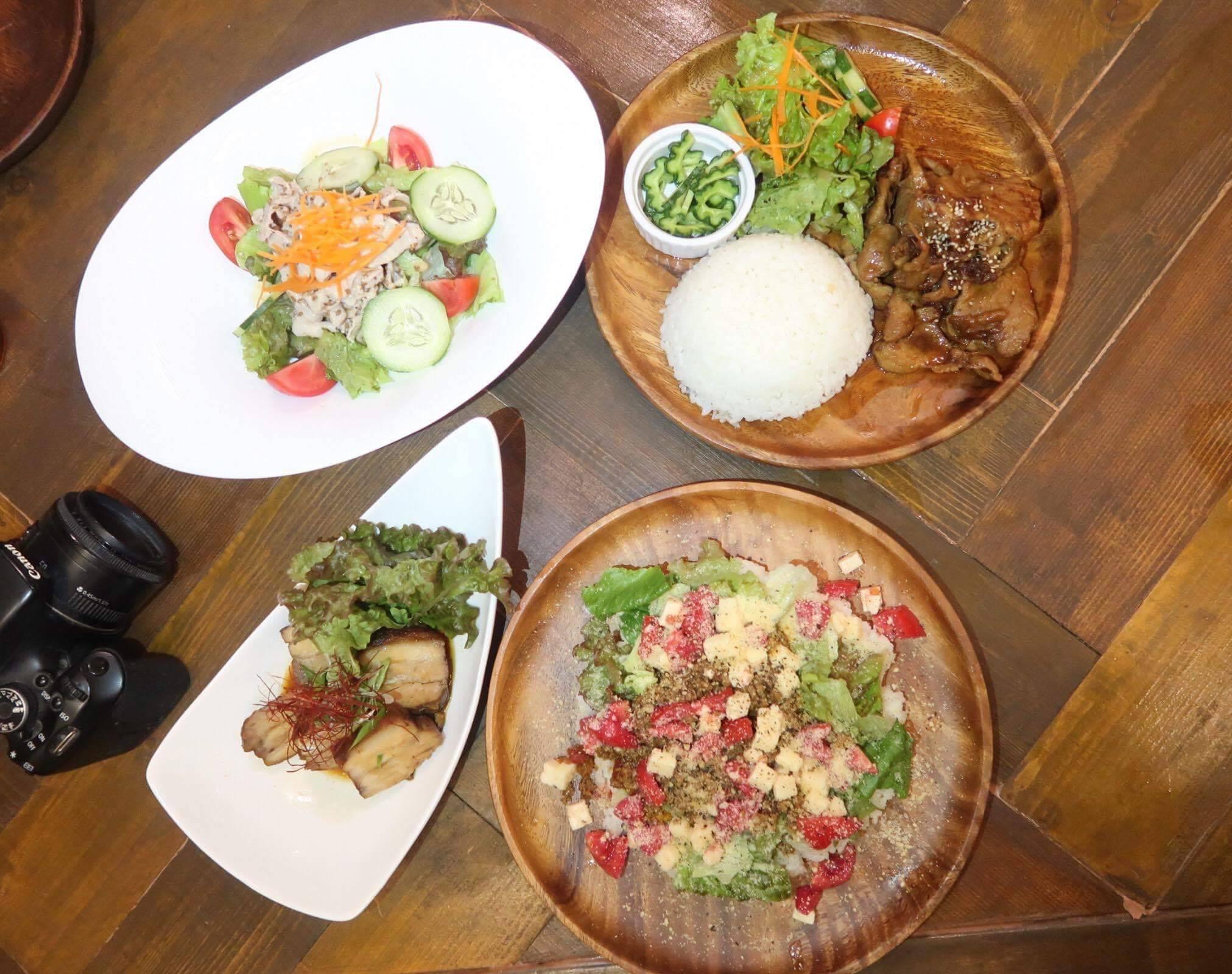 アヨアヨカフェの食事メニュー