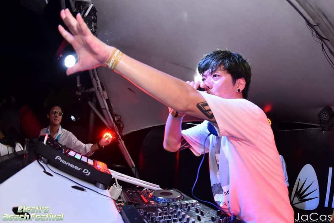DJ MIKE