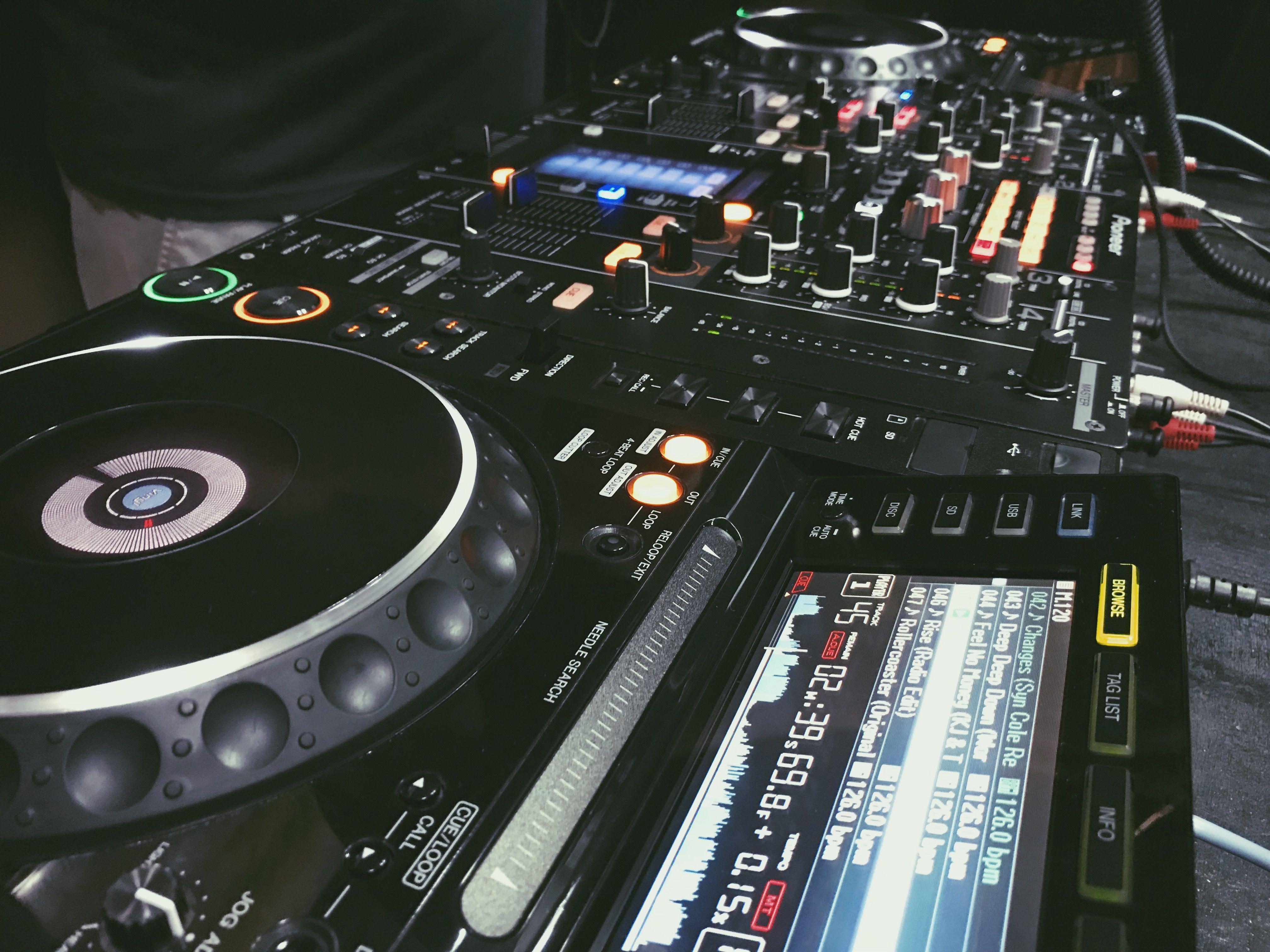 SUPERNOVA DJ SCHOOL