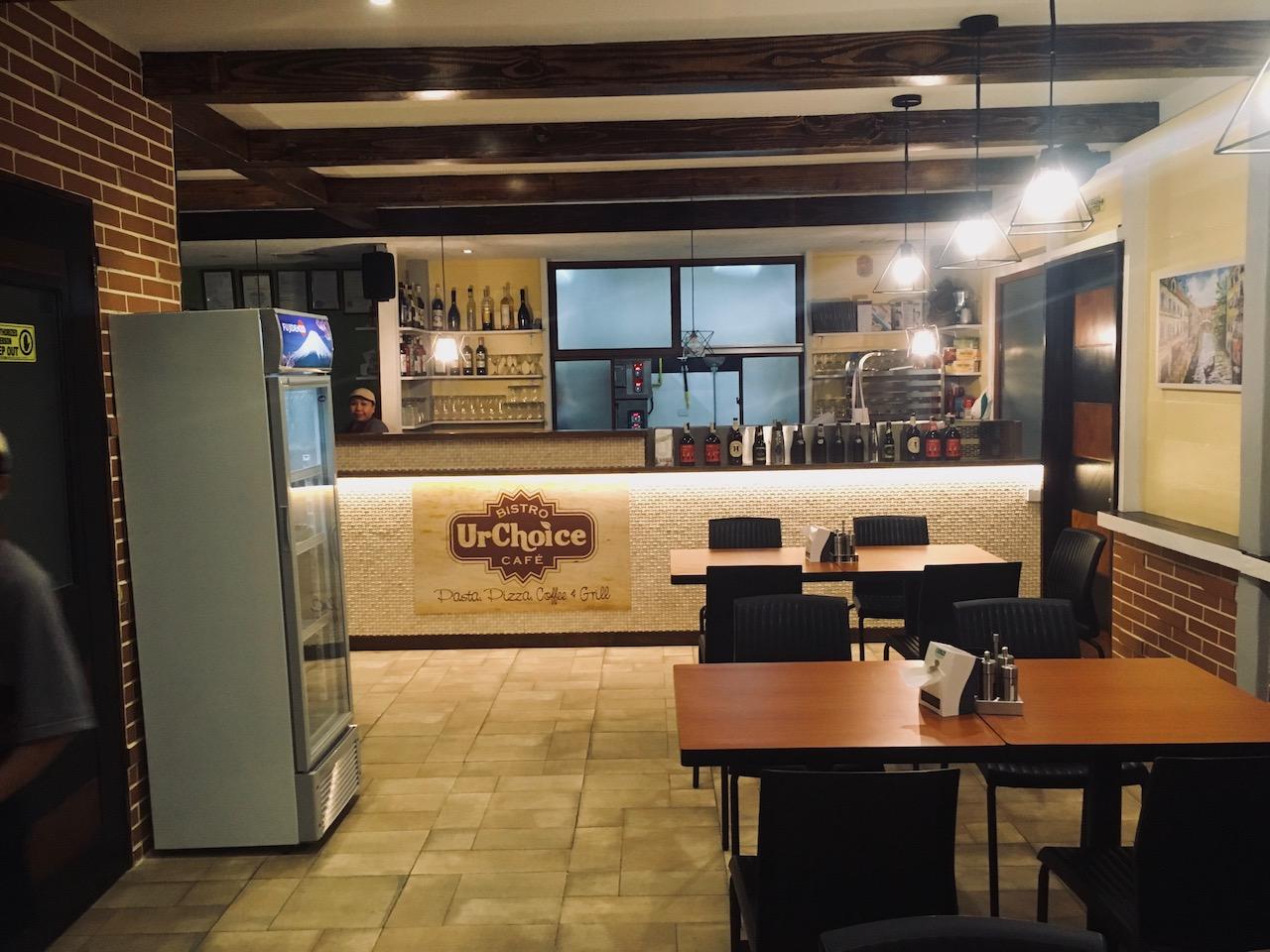 UrChoice Bistro Cafeの店内