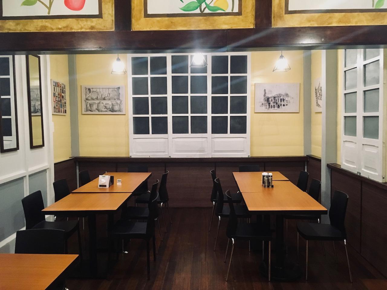 UrChoice Bistro Cafeの座席