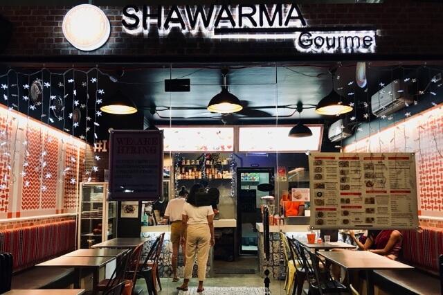 Shawarma店外