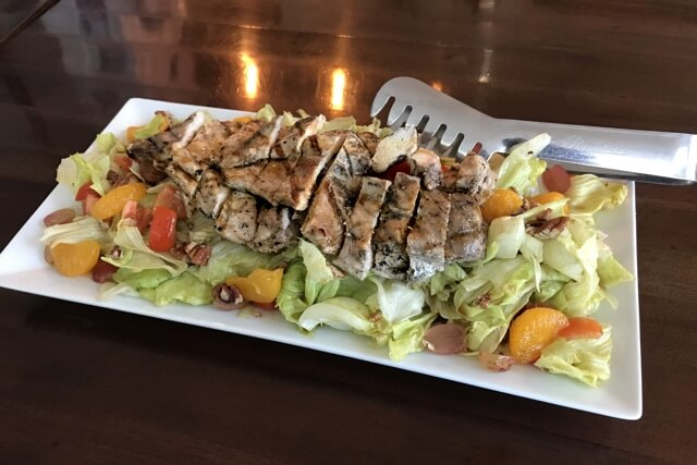 ペンカフェのサラダ