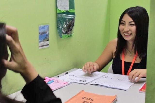 フィリピン親子留学した親御さんの授業の様子