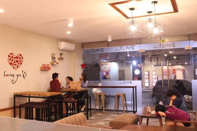2 Any 1 Cafe